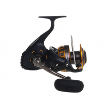 Daiwa BG16 5000 and Saltist Hyper Heavy Game Combo 9'6'' PE6 2pc